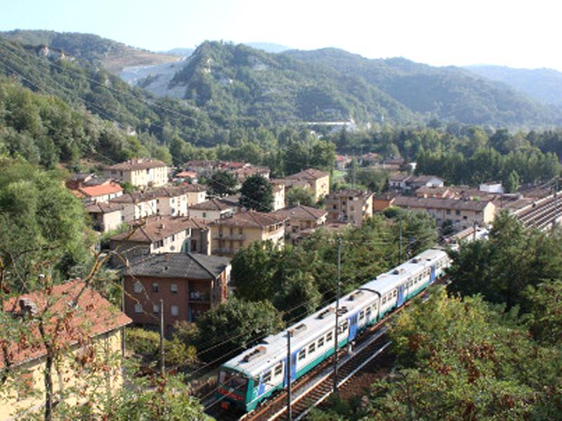 """Bologna-Prato, circolazione ferroviaria sospesa per interventi sulla """"Direttissima"""""""
