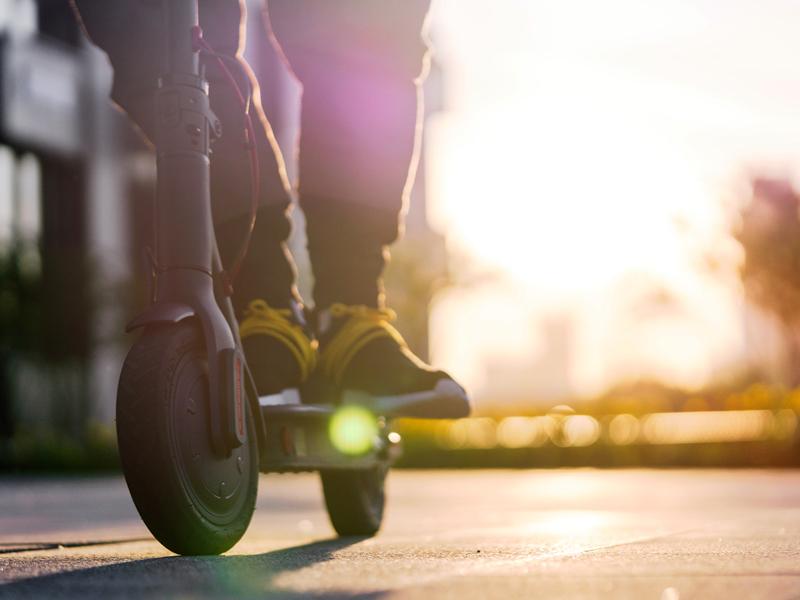 Buono mobilità: fino a 500 euro per l'acquisto di biciclette, monopattini e mezzi per la microbilità elettrica