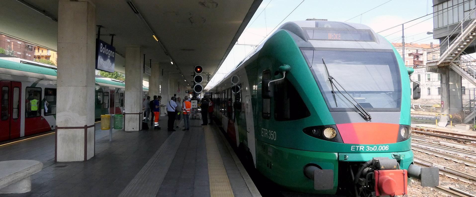 treno in stazione